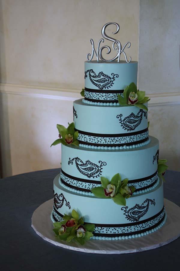 wedding cakes top tier treats. Black Bedroom Furniture Sets. Home Design Ideas
